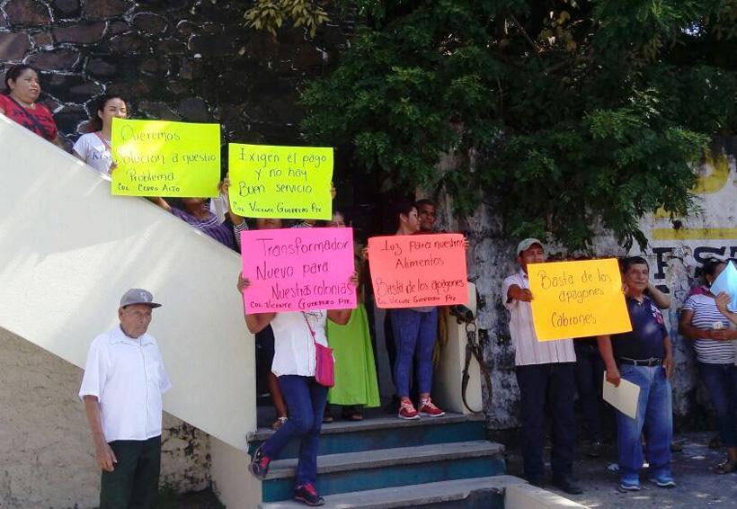 En el Istmo se manifiestan en CFE por pésimo servicio que brinda | El Imparcial de Oaxaca