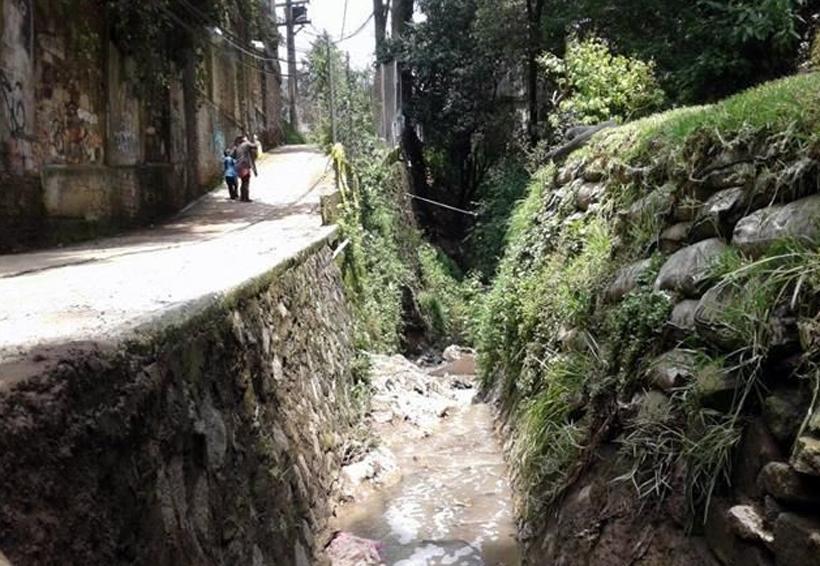 Hallan cuerpo de niña arrastrada por agua de lluvia en Álvaro Obregón