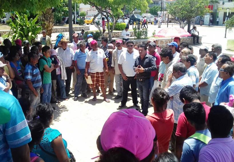 Desconocen a agente municipal de Boca del Río, Oaxaca