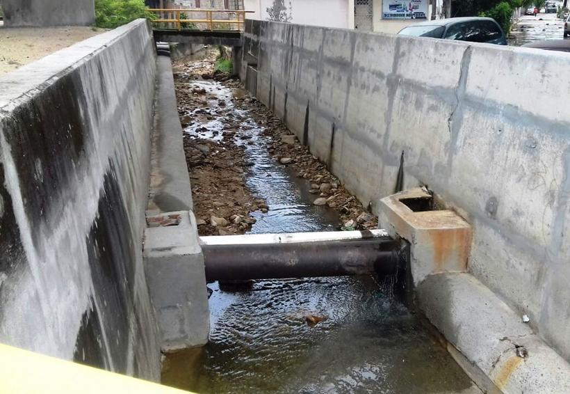 Aumentan las fugas de aguas negras en Salina Cruz, Oaxaca
