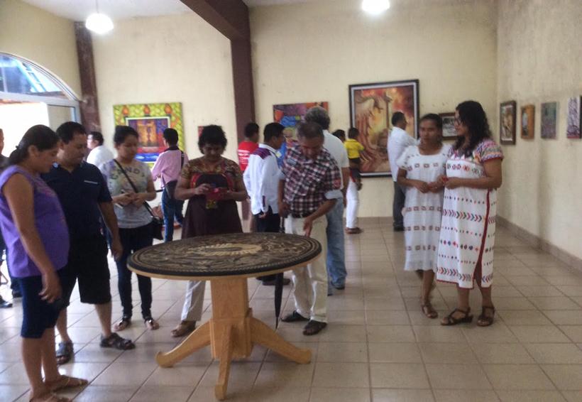 Celebran en la Costa de Oaxaca con música y danzas fiesta indígena