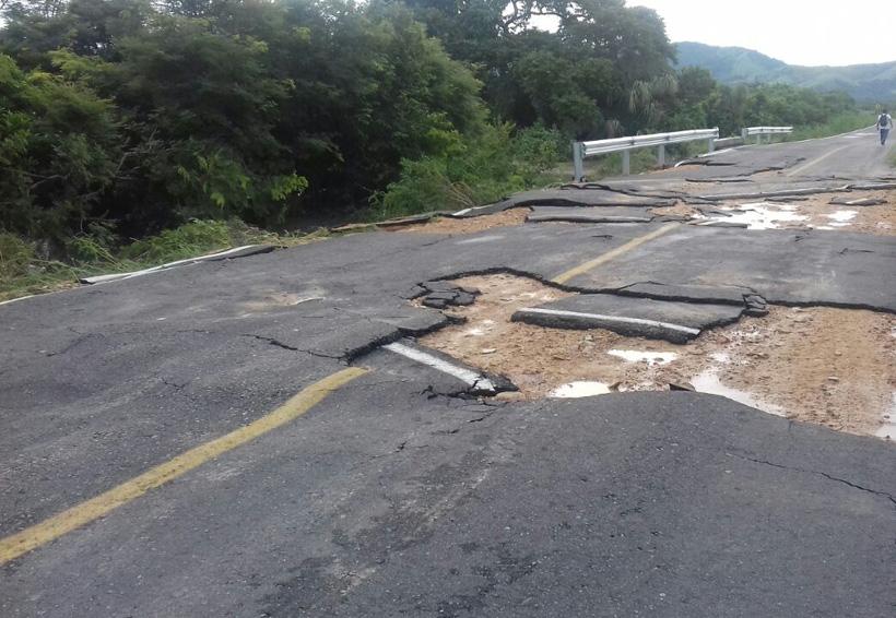 Carretera de San Dionisio del Mar destrozada por las lluvias | El Imparcial de Oaxaca