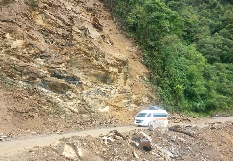 Urge la presencia de SCT en la carretera federal 182 de Oaxaca | El Imparcial de Oaxaca