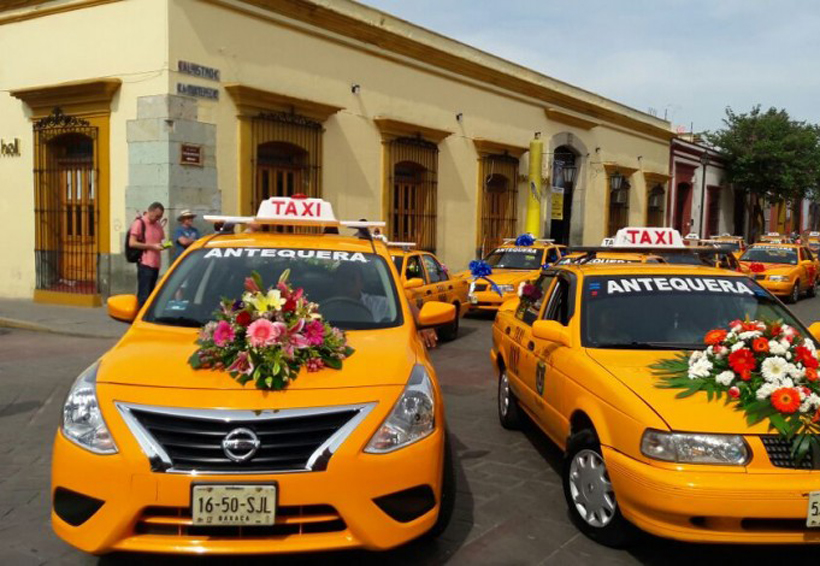 Taxistas de Oaxaca celebran misa de Acción de Gracias