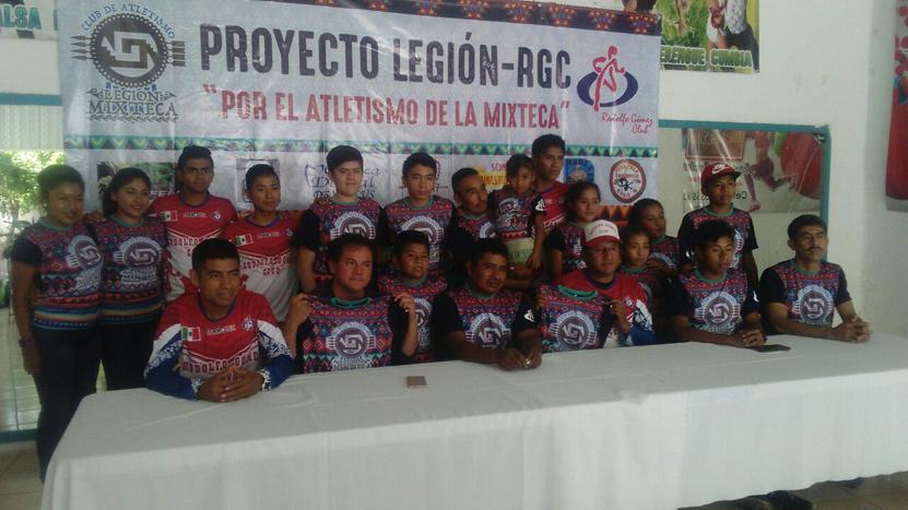 Atletismo une a deportistas  oaxaqueños y poblanos | El Imparcial de Oaxaca