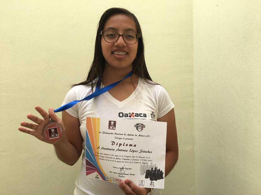 Anastacia se sube al podio | El Imparcial de Oaxaca