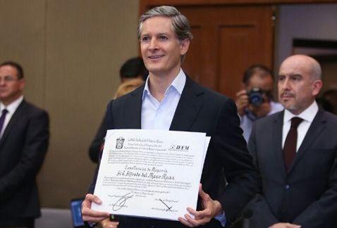 El IEEM declara a Alfredo Del Mazo gobernador electo | El Imparcial de Oaxaca