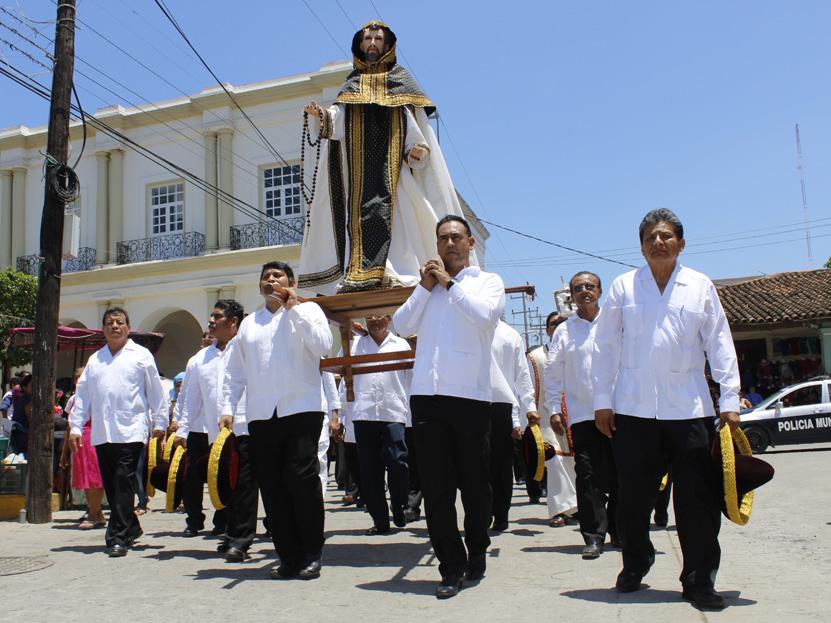 Tehuanos festejan día grande a Santo Domingo de Guzmán | El Imparcial de Oaxaca