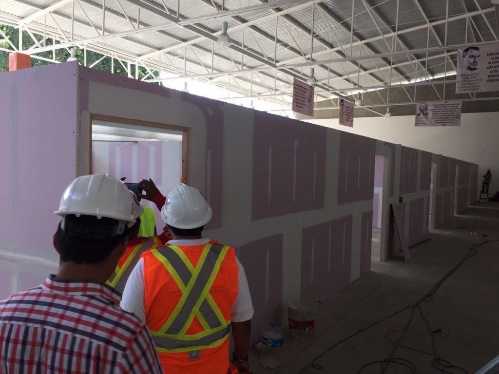 Verifican aulas provisionales de la secundaria técnica número 1 | El Imparcial de Oaxaca