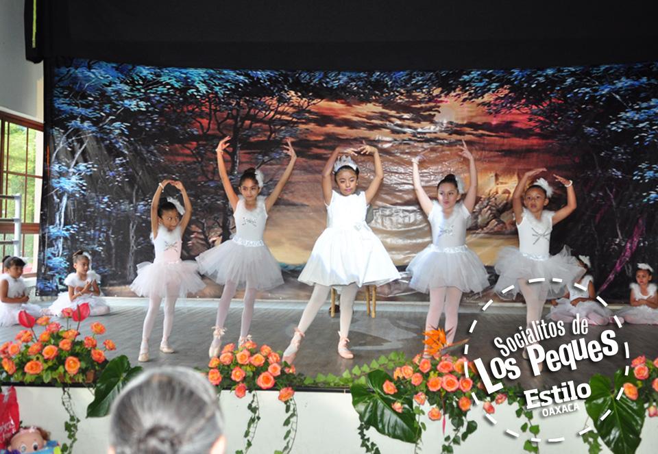 Yunuem recibe sus puntas de ballet