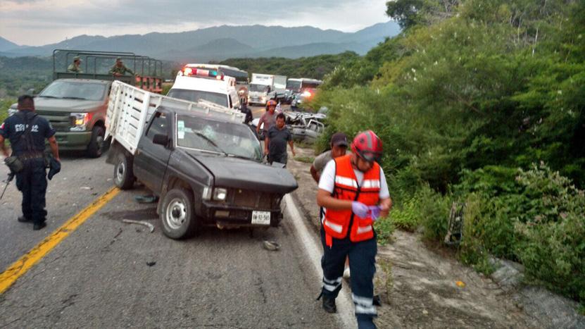 Cinco lesionados en grave encontronazo en Tequisistlán | El Imparcial de Oaxaca