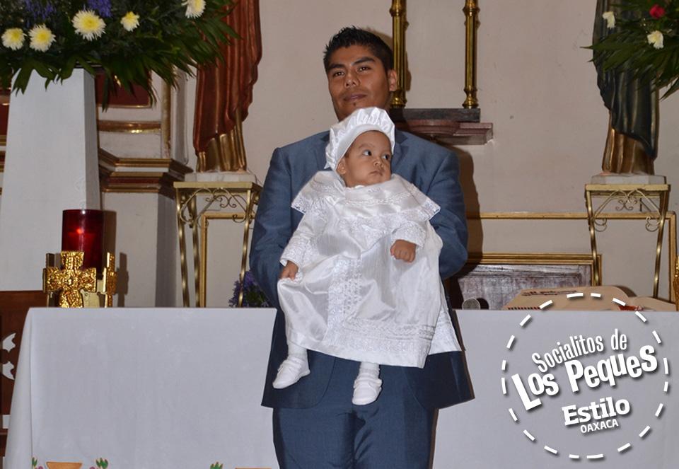 Bautizan a Ricardo