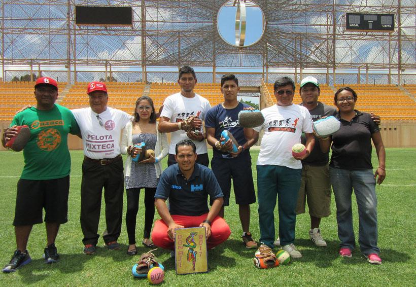 Alebrijes de Oaxaca y la pelota mixteca, juntos por la identidad   El Imparcial de Oaxaca