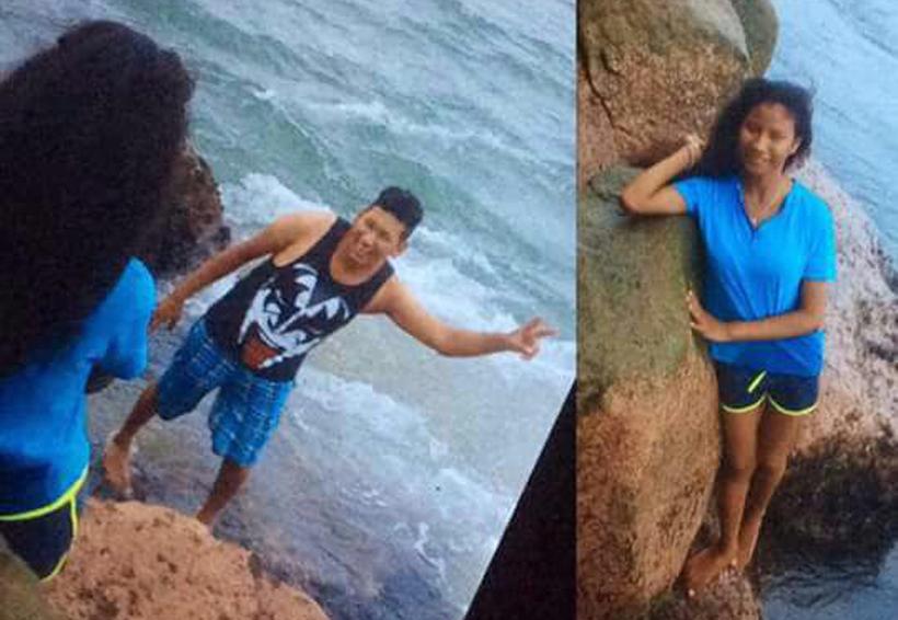 Mar arrastra a dos jóvenes en Oaxaca