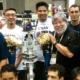 Justina, el robot de la UNAM, gana premio en Japón de manos de Steve Wozniak