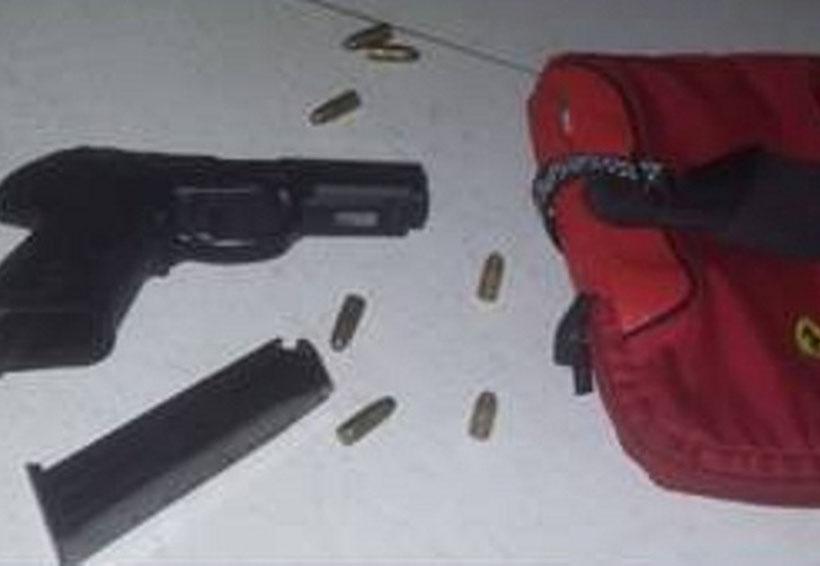 Hombre armado asegura que la pistola se la dio comandante policiaco de Oaxaca | El Imparcial de Oaxaca