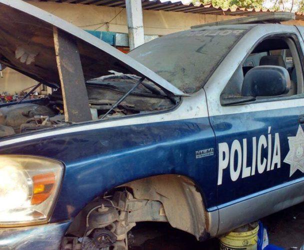 Rescatan vehículos abandonados en Tuxtepec, Oaxaca