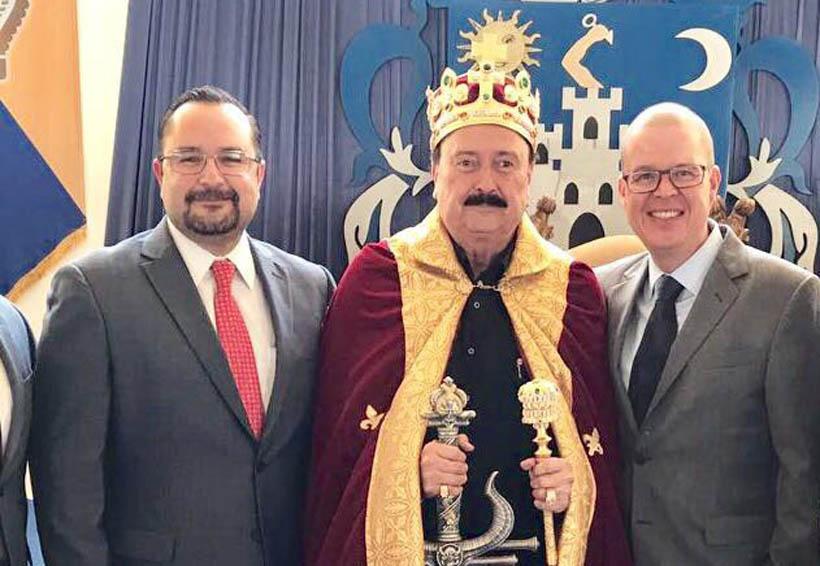 Video: Precandidato de Morena a la gubernatura de Jalisco desfila como un rey en su cumpleaños | El Imparcial de Oaxaca