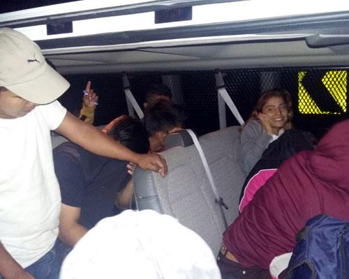 Rescatan a 34 migrantes centroamericanos en Oaxaca