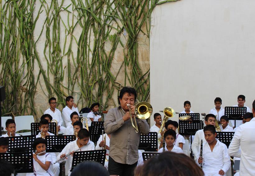 Faustino Díaz, con la música entre Corea y Oaxaca