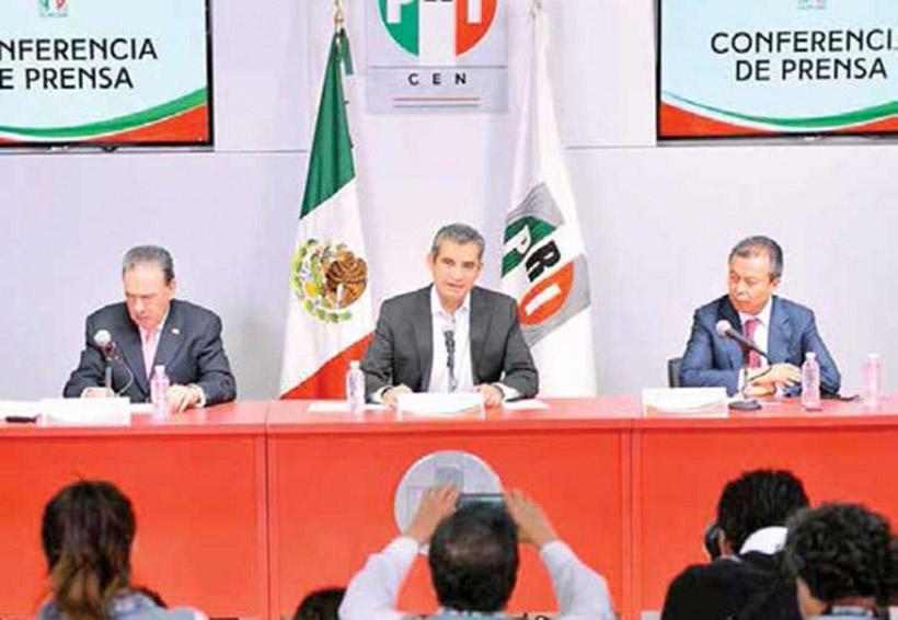 Posicionamientos de Ricardo Anaya, una cortina de humo: Ochoa Reza