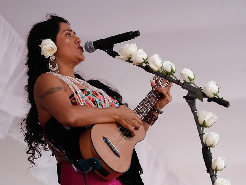 Lila Downs y artistas oaxaqueñas ayudan a víctimas de sismo | El Imparcial de Oaxaca