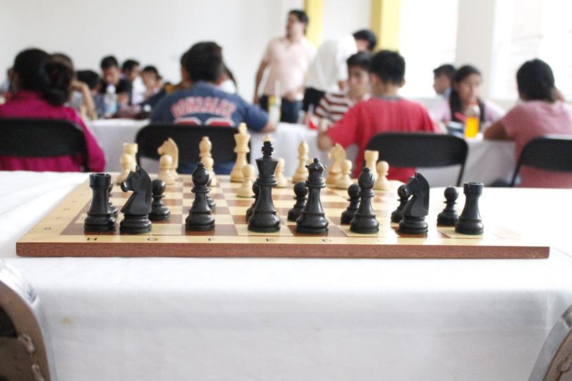 Asociación de ajedrez velan por los suyos tras el sismo | El Imparcial de Oaxaca