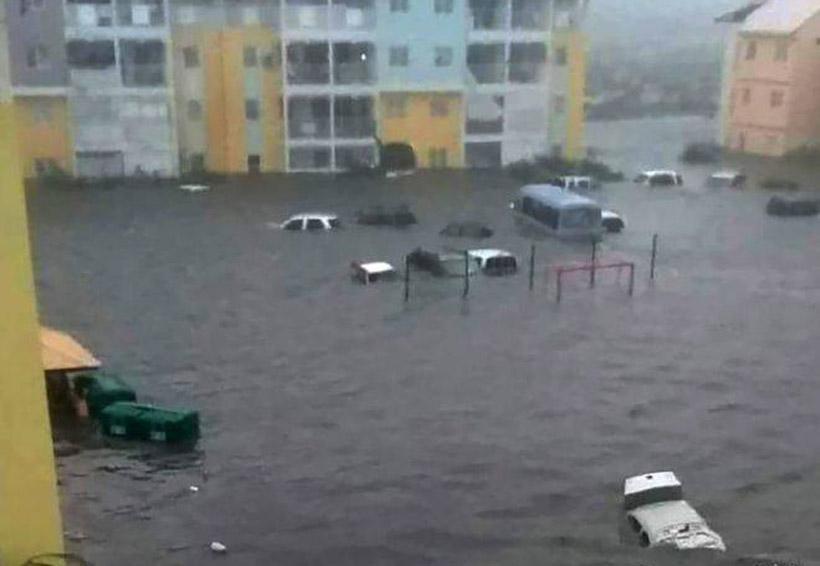 El huracán Irma azota la República Dominicana con vientos de 285 km/h