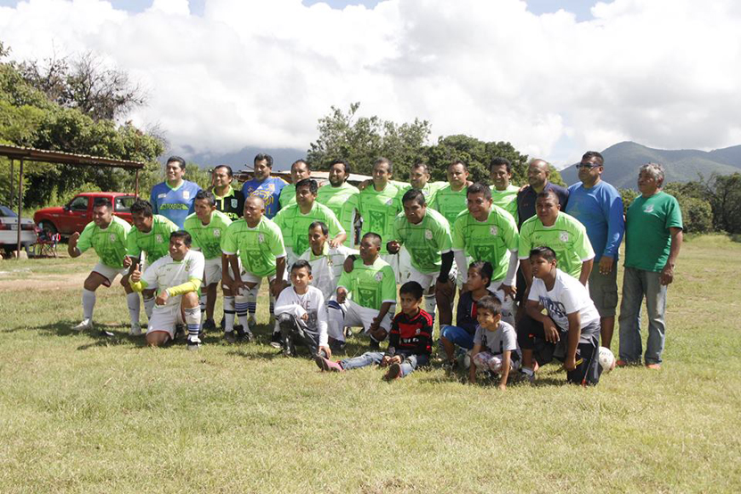 Deportivo La Raya se corona | El Imparcial de Oaxaca