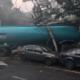 Pipa embiste autos y se estrella contra una casa en CDMX