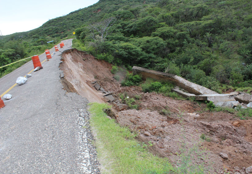 Urge atender riesgos  en la carretera 125 de la Mixteca, Oaxaca | El Imparcial de Oaxaca