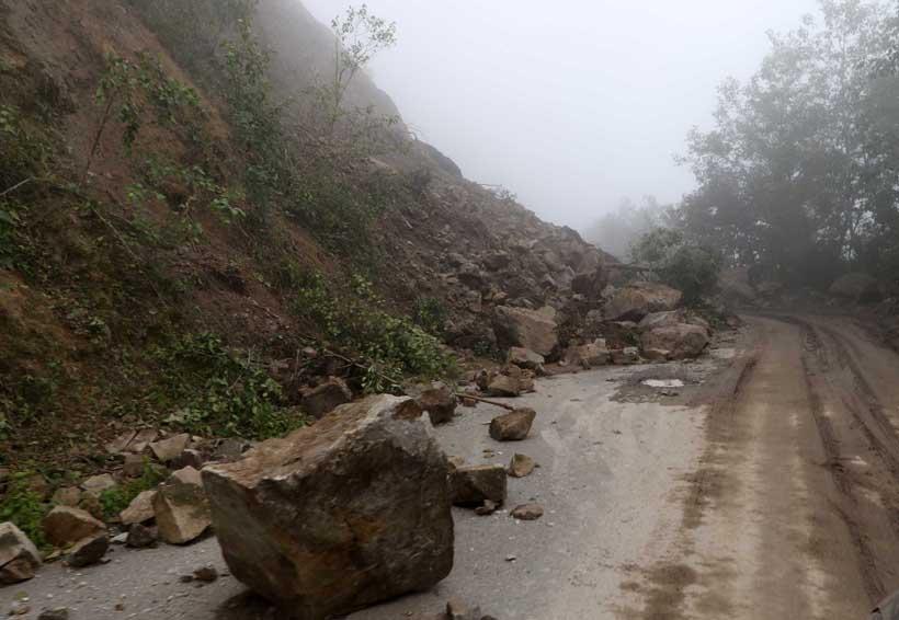 Atiende SCT y CAO afectaciones en 103 tramos carreteros en Oaxaca | El Imparcial de Oaxaca