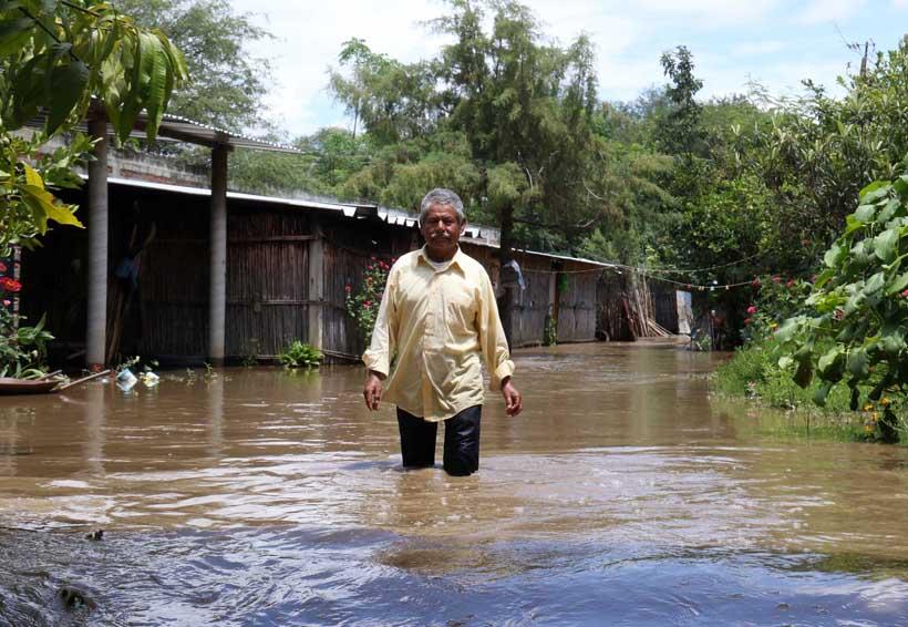 Santa Inés Yatzeche en Oaxaca, bajo el agua | El Imparcial de Oaxaca