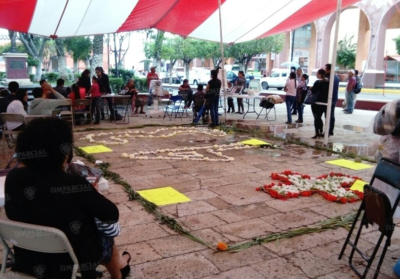 Inician protestas de apoyo a Ayotzinapa en Huajuapan de León, Oaxaca