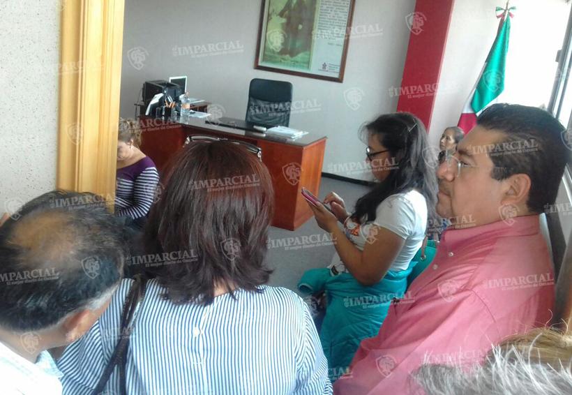 Protestan contra fiscal general trabajadores de base   El Imparcial de Oaxaca