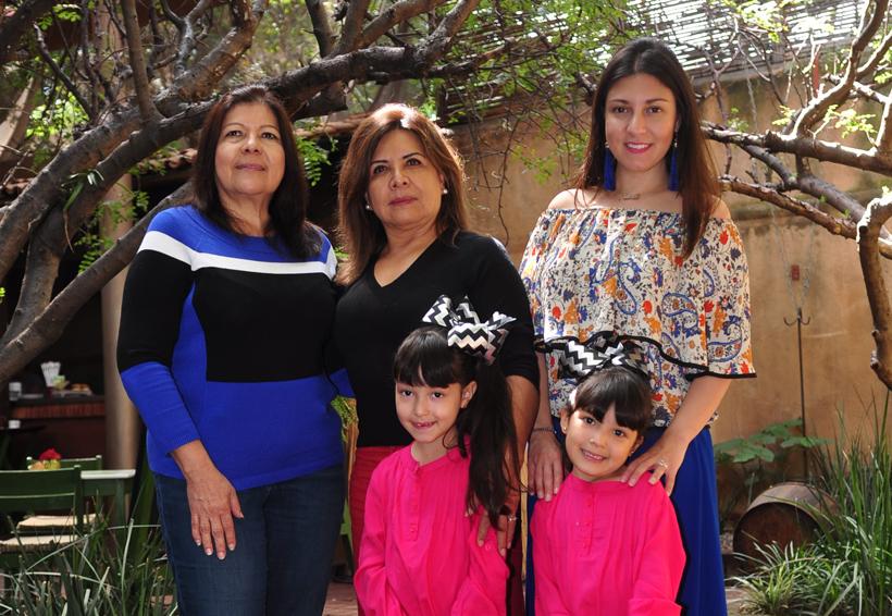 Reunión en familia | El Imparcial de Oaxaca
