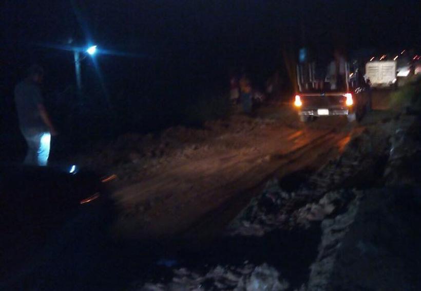 Carreteras de la Costa  hacia Acapulco y Salina Cruz, con problemas