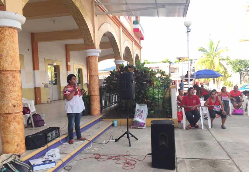 Marcha en la Costa de Oaxaca por aniversario  de la desaparición de los 43 de Ayotzinapa | El Imparcial de Oaxaca