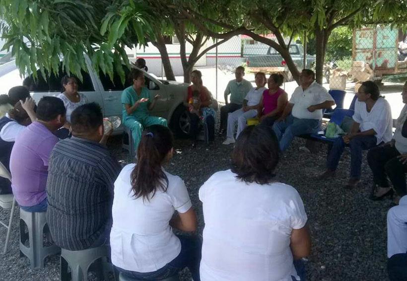 Psicólogos brindan ayuda en comunidades del Istmo de Oaxaca