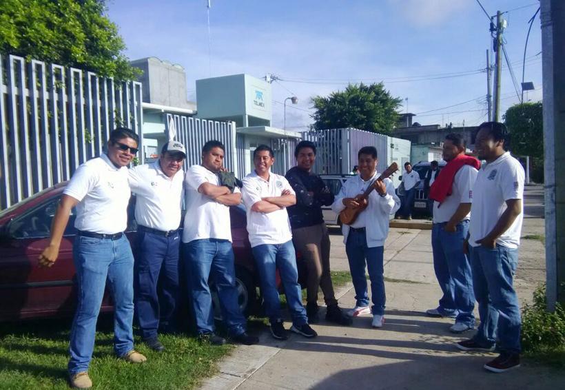 Telefonistas de la Mixteca temen la separación de Telmex | El Imparcial de Oaxaca