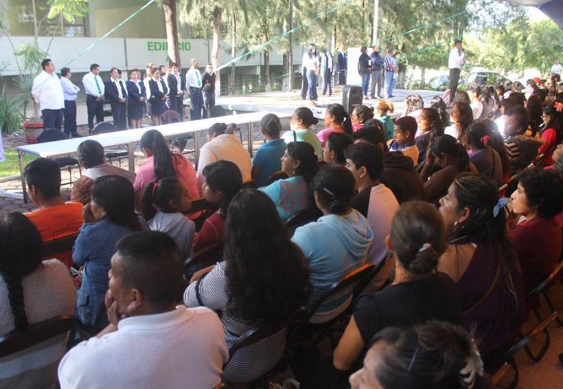 En la Mixteca solicitan una solución al  conflicto del Conalep 145