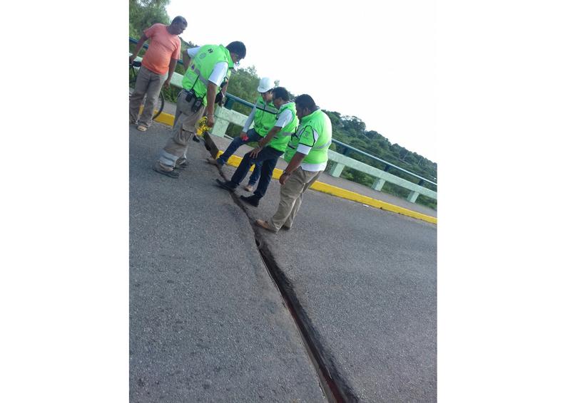 Inspeccionan puentes ante daños por terremoto en Istmo