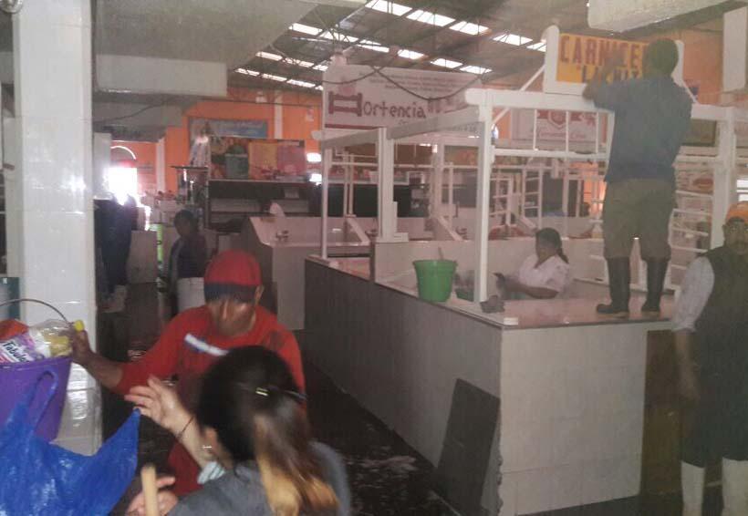 Sanean Mercado en Tlaxiaco, Oaxaca
