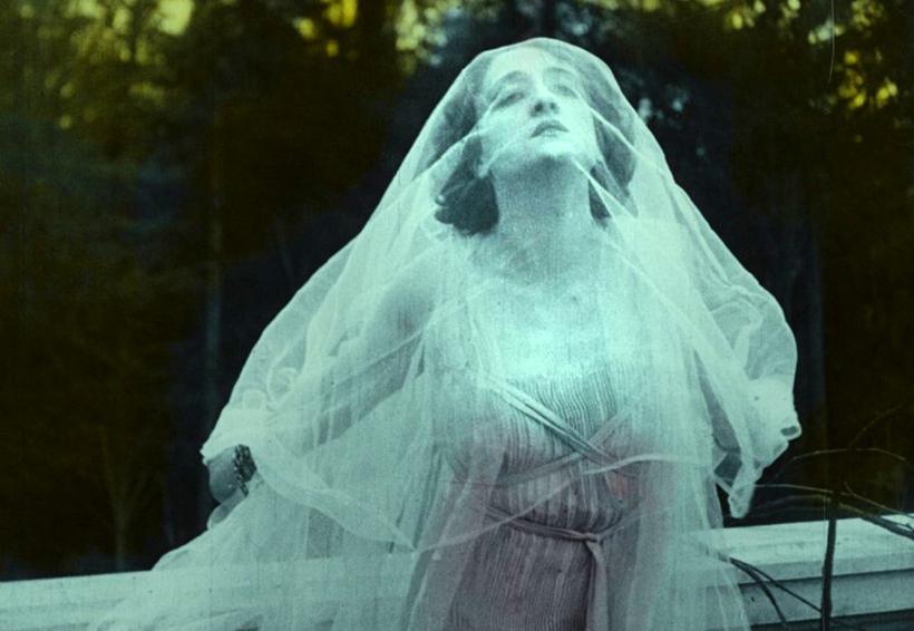 Presenta Cinema Domingo Orchestra una Rapsodia satánica