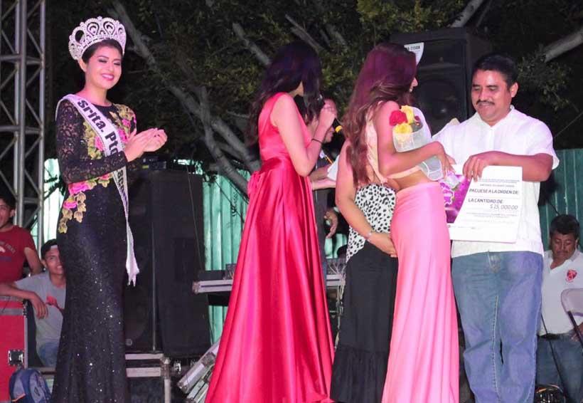 Ovacionan certamen, Señorita  Puerto Escondido 2017