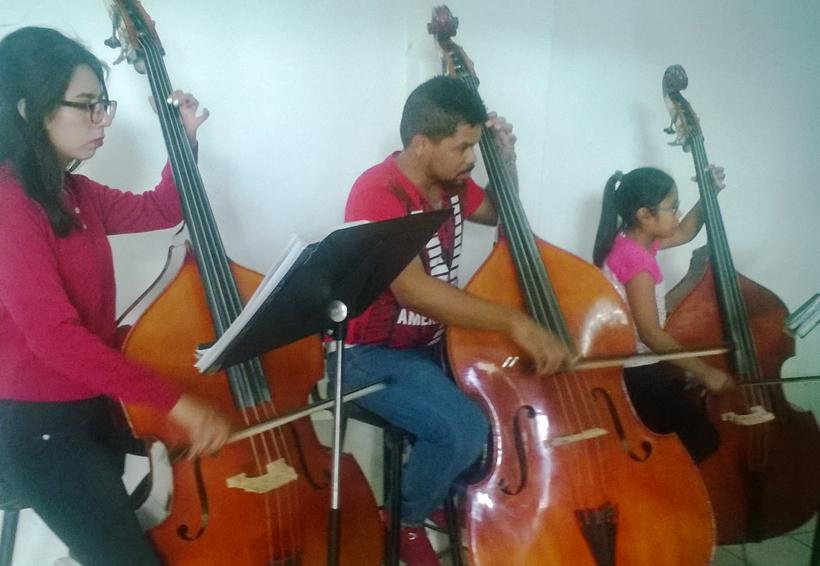 Ofrecerán concierto a beneficio la OSEA Huajuapan y Nadia