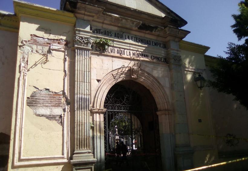 El panteón General de Oaxaca muestra huellas de la destrucción