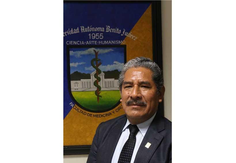 Guilebaldo Cruz, en la mejora constante de la Facultad de Medicina