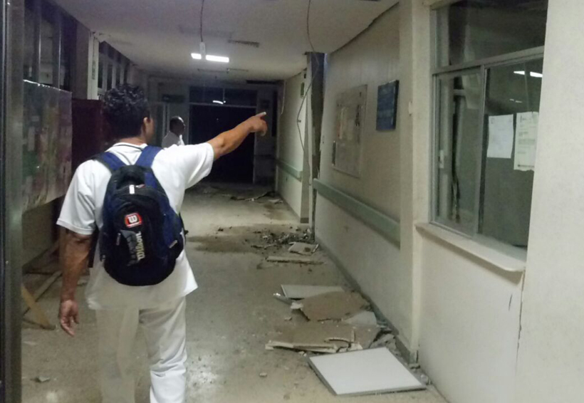 Comienza la demolición  de hospital de Juchitán, Oaxaca