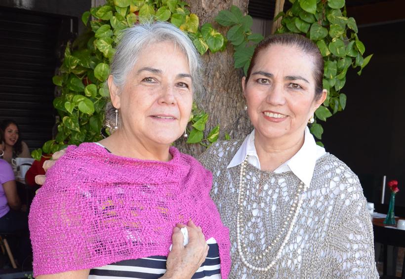 ¡Felicidades, Perla y Lolita!